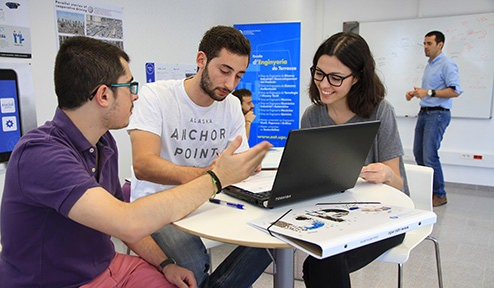 Engineering students chosen for the Creative Lab project